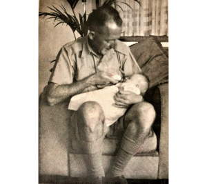 Walter Joseph HUNT was on deployment to New Guinea when his first born child, baby Maureen came into the world during January of 1943.  This places Walter in or around Port Moresby during the battle for the beach heads of Buna, Gona and Sanananda which ended the Kokoda campaign.